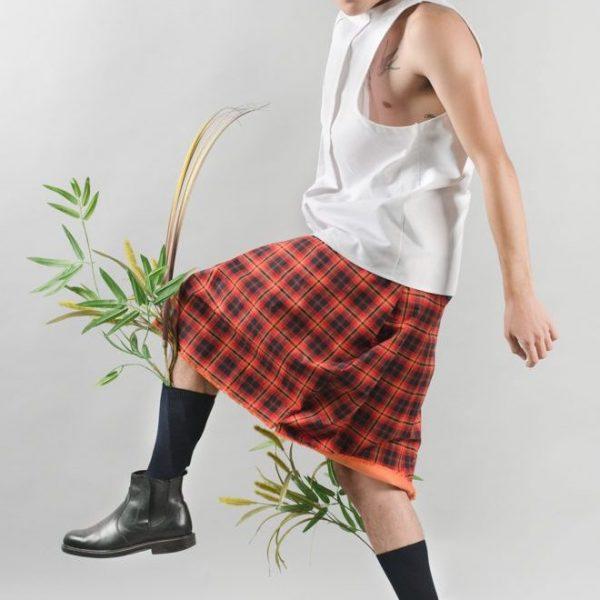 Male-model-skirt